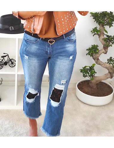 Jeans strappi pizzo